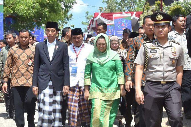 Puisi Fadli Zon: Yenny Sebut Puisi 'Doa Yang Tertukar' Fadli Zon Sindir Jokowi