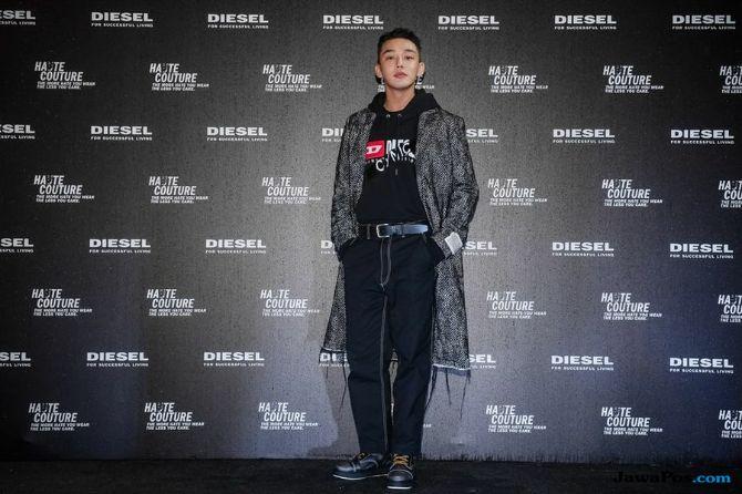 Yoo Ah In, Aktor Asia Pertama Model Brand Fashion Diesel