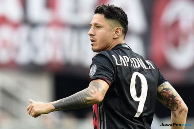 AC Milan, Gianluca Lapadula