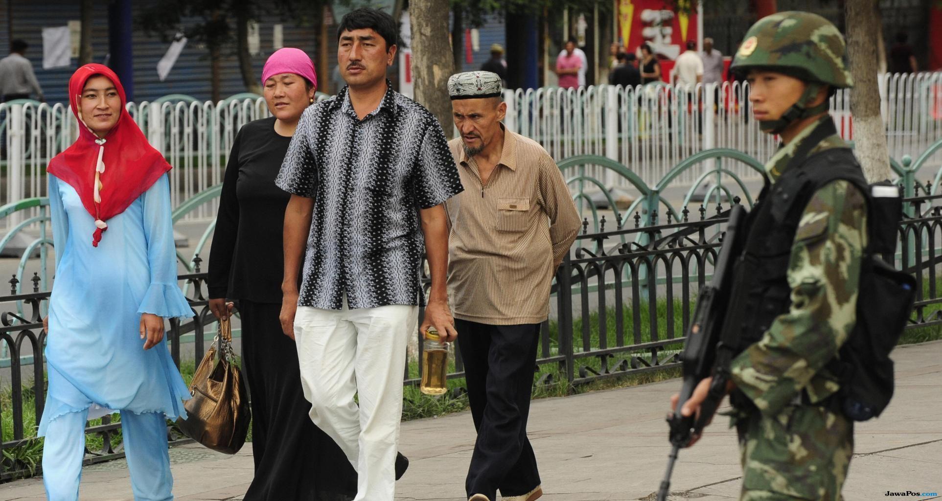 muslim uighur, xinjiang, tiongkok,