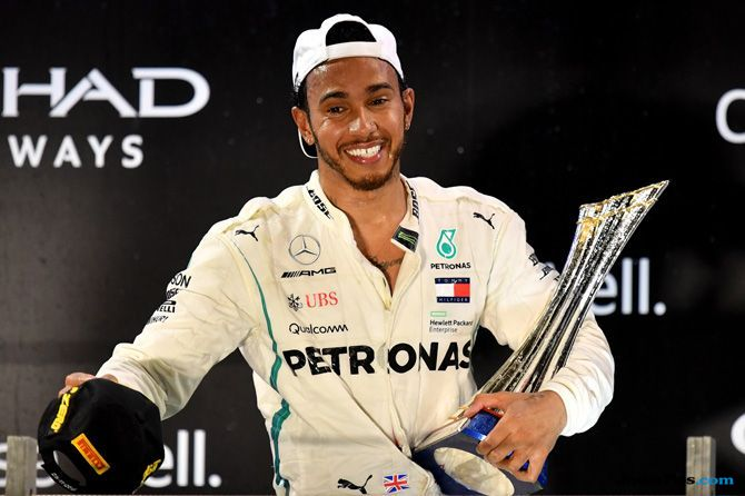 Lewis Hamilton, GP Abu Dhabi, Formula 1 2018, F1, Juara Dunia