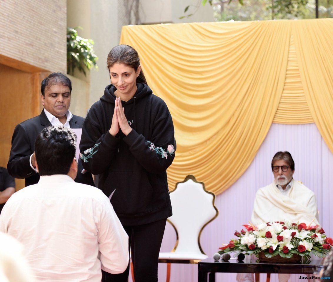 Amitabh Bachchan Bantu Lunasi Utang 1.348 Petani di Uttar Pradesh