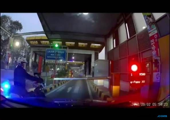 Ancaman Mengerikan Kapolda buat Polisi Bermoge yang Serobot Pintu Tol