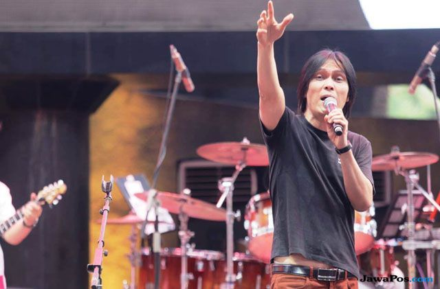Awas Tangan Jail di Konser Gala Dana 100 Biduan