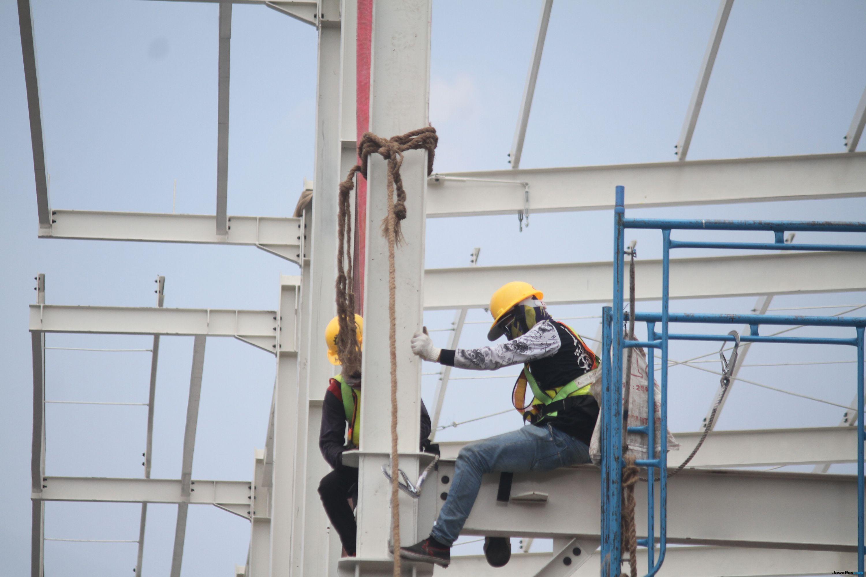 Baru 70 Persen, Anies Kebut Pembangunan Skybridge