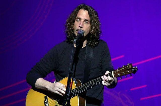 Brad Pitt akan Buat Film Dokumenter tentang Chris Cornell
