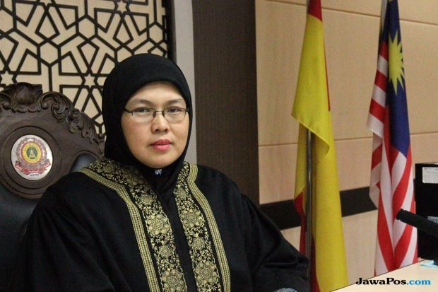 hakim syariah, malaysia, poligami,