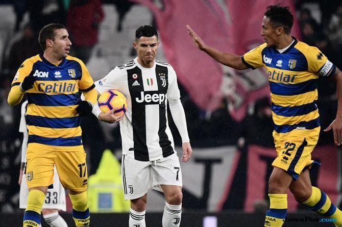 Cristiano Ronaldo, Juventus, Parma