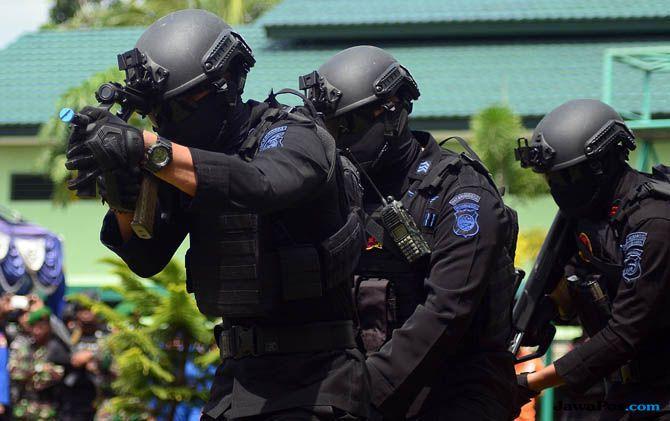 Diduga Bunuh 31 Pekerja Proyek, Anggota Separatis Papua Blokade Jalan