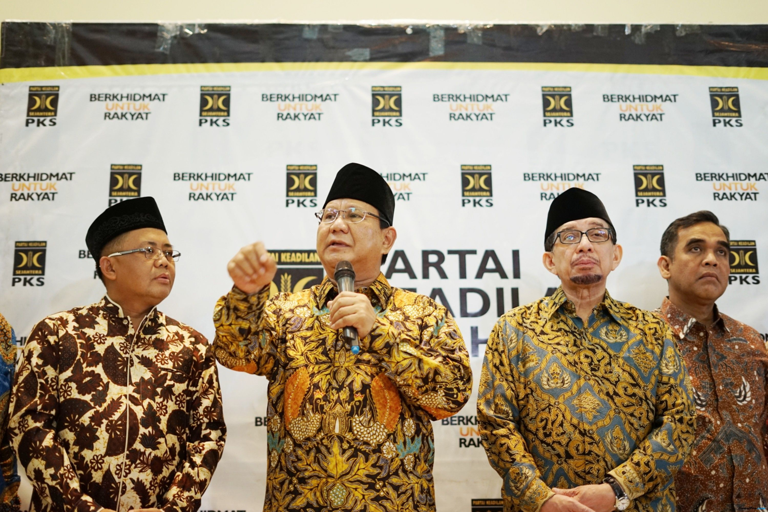 'Digertak' soal Poros Ketiga, Elite Gerindra Datangi Markas PKS