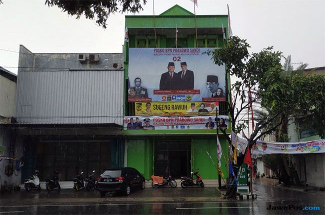 Poster Gatot Nurmantyo