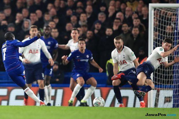 Piala Liga Inggris, Carabao Cup 2018-2019, Tottenham Hotspur, Chelsea, Derby London, Chelsea 2-1 Tottenham Hotspur