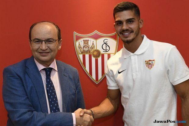 Bursa transfer pemain, AC Milan, Sevilla, Andre Silva