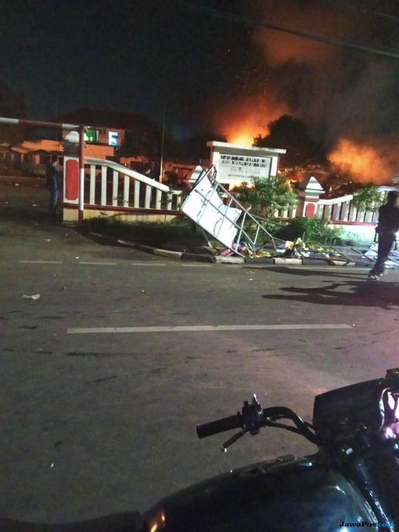 Gara-gara Perwira TNI Dianiaya, Polsek Ciracas Diserang