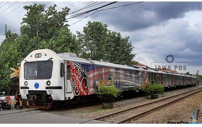 Kereta Prameks