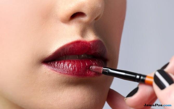 Ingin Lolos Wawancara Kerja? Yuk, Gunakan Warna Lipstik Ini