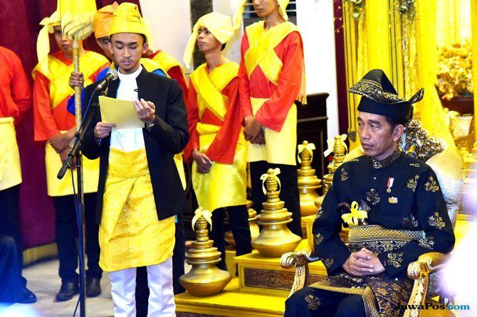 Ini Gelar Baru untuk Jokowi dari Kesultanan Deli