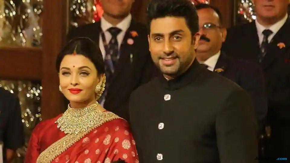 Ini Reaksi Hrithik Roshan Soal Pertunangan Tiba-tiba Aishwarya Rai