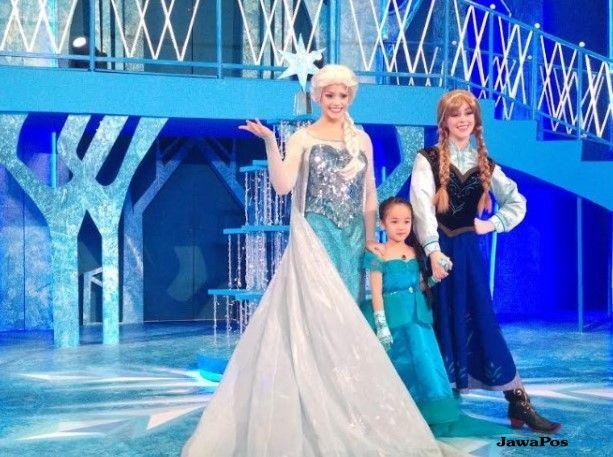 Isi Libur Natal dan Tahun Baru Bisa Bertemu Elsa & Anna 'Frozen'