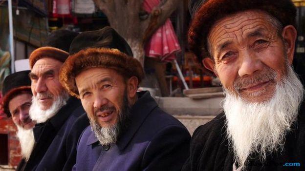 muslim uighur, xinjiang, uighur, cina,