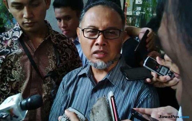 Kapolri Disebut Terima Suap, BW: Pimpinan KPK Harus Bangkit dan Waras