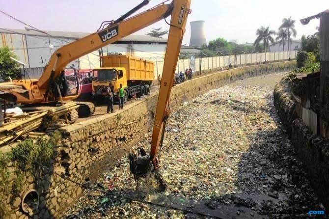 Konsep Normalisasi dan Naturalisasi Sungai Tidak Sejalan