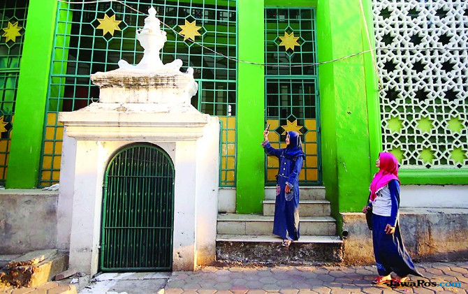 Kunjungi Masjid Tertua Sarat Sejarah, Mbah Musa Awali Al Abror