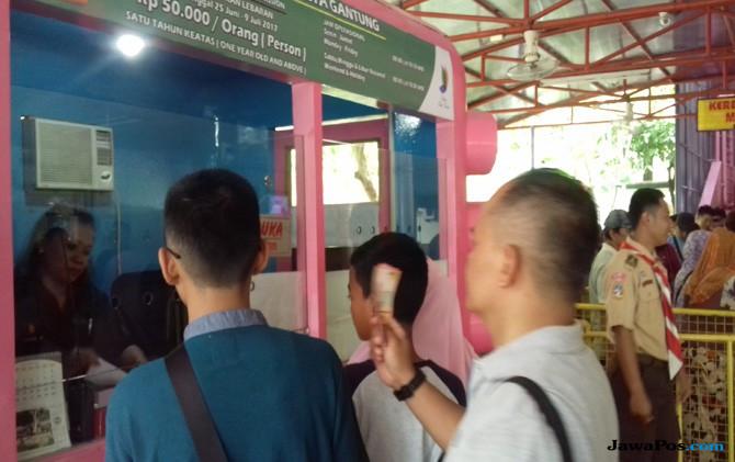 Libur Lebaran Kereta Gantung Tmii Jadi Wahana Favorit Pengunjung