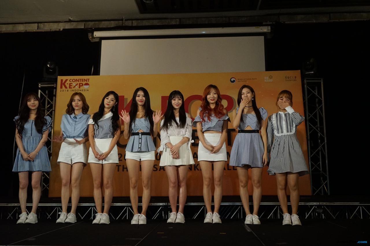 Lima Artis K-Pop Sukses Hipnotis Penonton di Konser Korea Festival