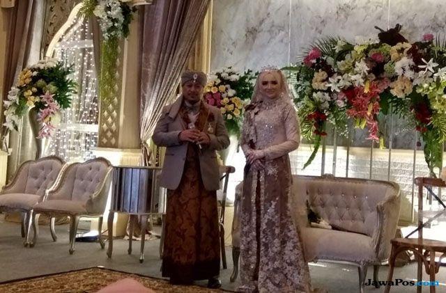 Menikahi Ketiga Kalinya, Opick Janji Tak Poligami?