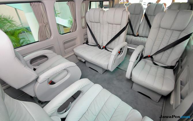 Modifikasi Toyota HIACE: Mobil Niaga Berkabin Jet VIP