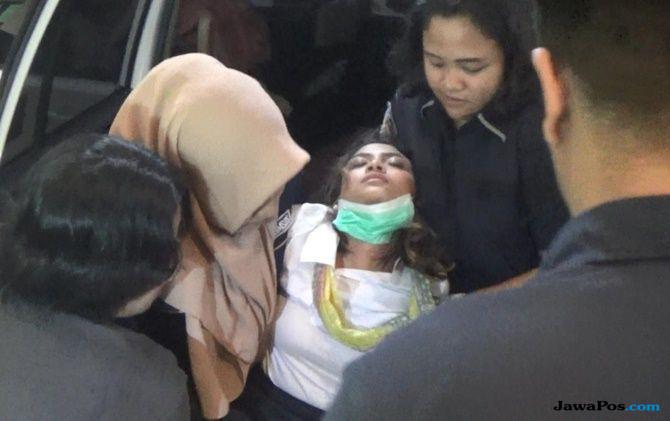 Pasrah Penahanan Diperpanjang 40 Hari, Vanessa Angel Jadi Rajin Ibadah