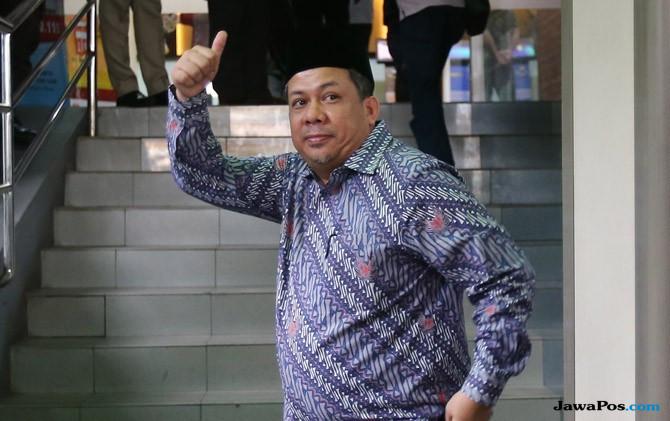 Pemeriksaan Kedua, Presiden PKS Bawa 3 Bundel Berkas