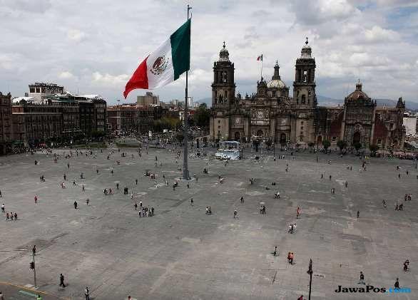 pesawat di meksiko jatuh,