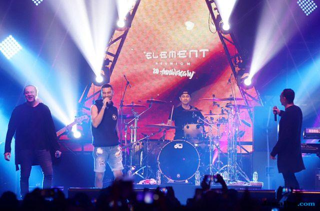 Raffi Ahmad Jadi Drummer Band Element Dadakan