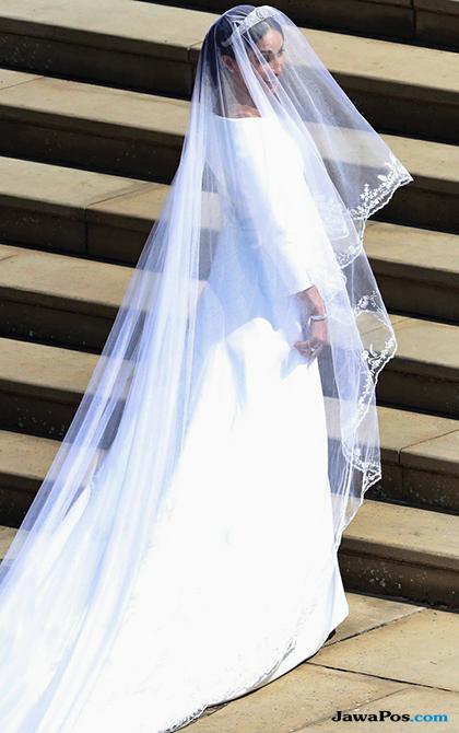 Resmi Jadi Puteri, Meghan Markle Tampil Elegan Dibalut Gaun Givenchy