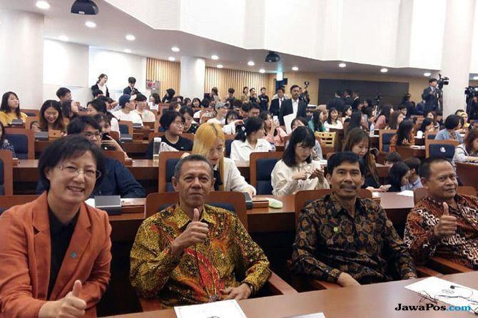 Sebelum Jokowi, Barrack Obama Pernah Beri Kuliah Umum di HUFS