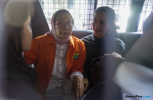 Sebut Ratna Sarumpaet Siap Sidang, Atiqah Hasiholan: Memang Ibu Tunggu untuk Ini