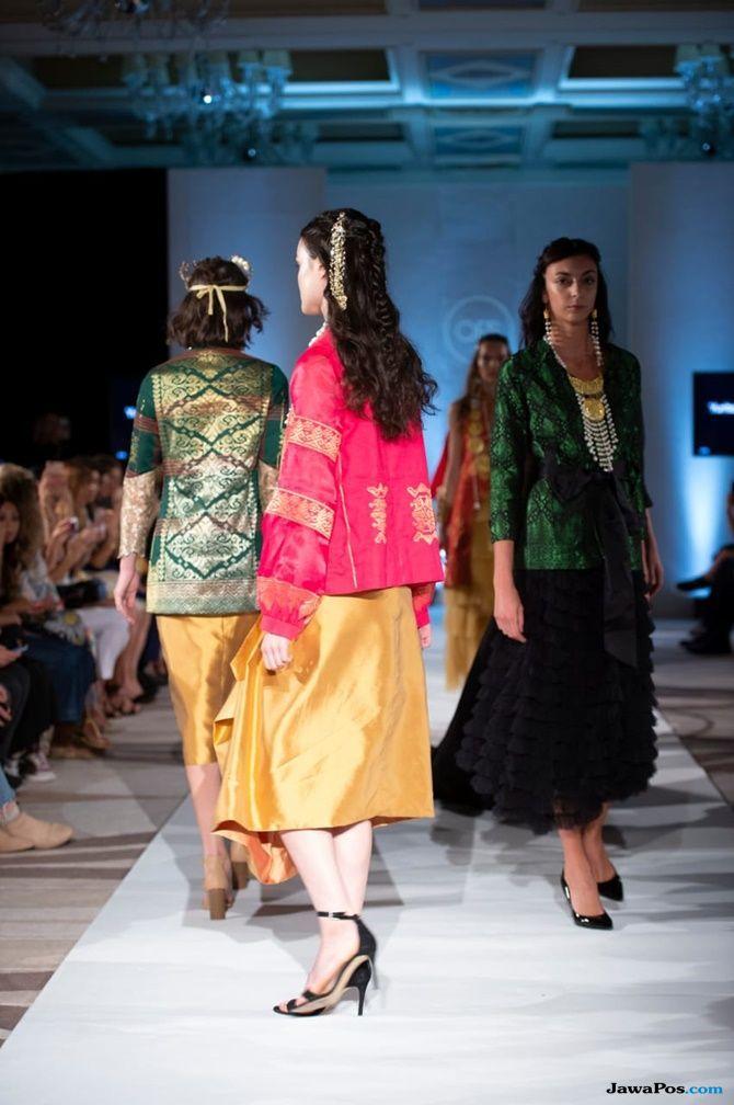 pekan mode, milan fashion week, kain songket, songket aceh, yurita puji,