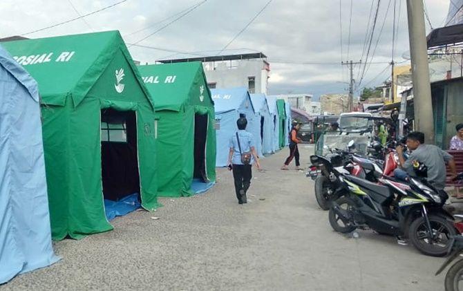 Teror Bom Sibolga, Pengungsi Masak dan Tidur di Pinggir Jalan