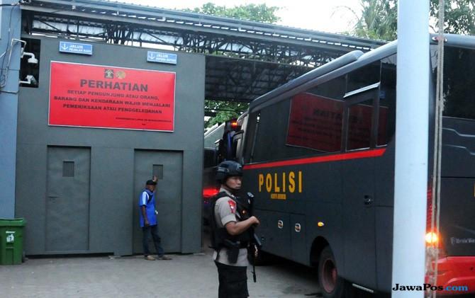 Tiba di Nusakambangan, Napi Kasus Terorisme Ditempati di Dua Lapas