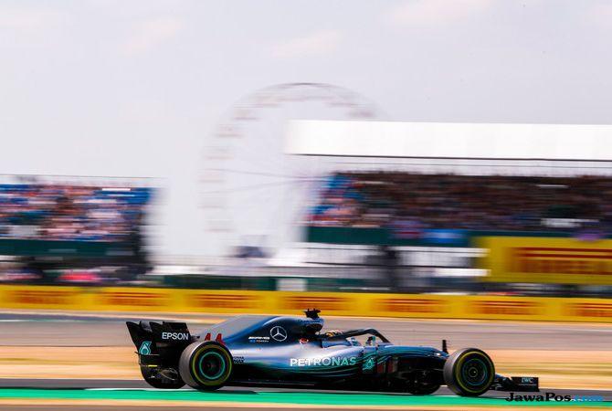 Vettel Juara, Hamilton Gagal Ukir Rekor 5 Kemenangan Beruntun