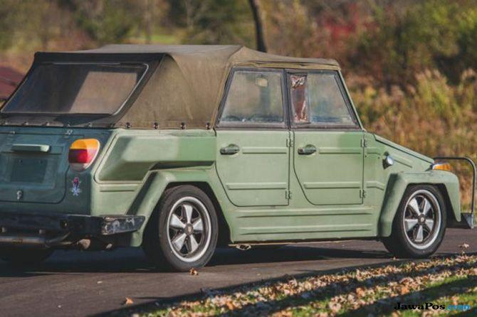 VW 1974, Kendaran Camat yang Doyan Perang