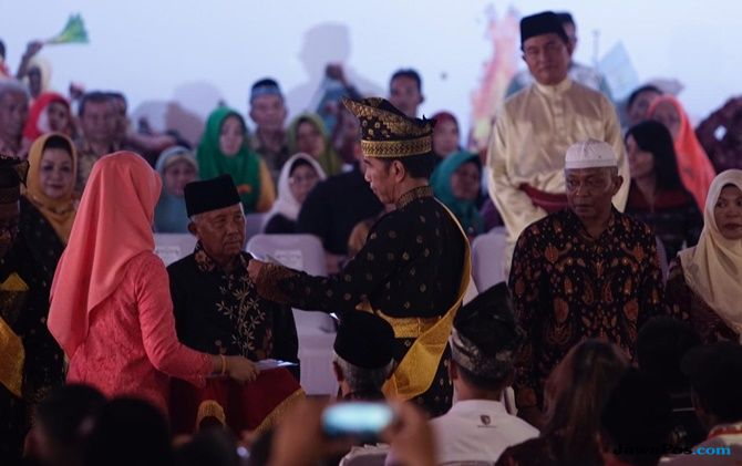 Warga Riau Merasa Bahagia Dapat Sertifikat Gratis Dari Jokowi