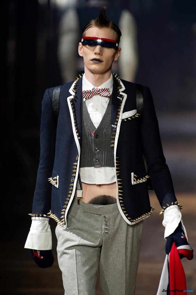 Wow! Para Model Kenakan Wig di Miss V Saat New York Fashion Week
